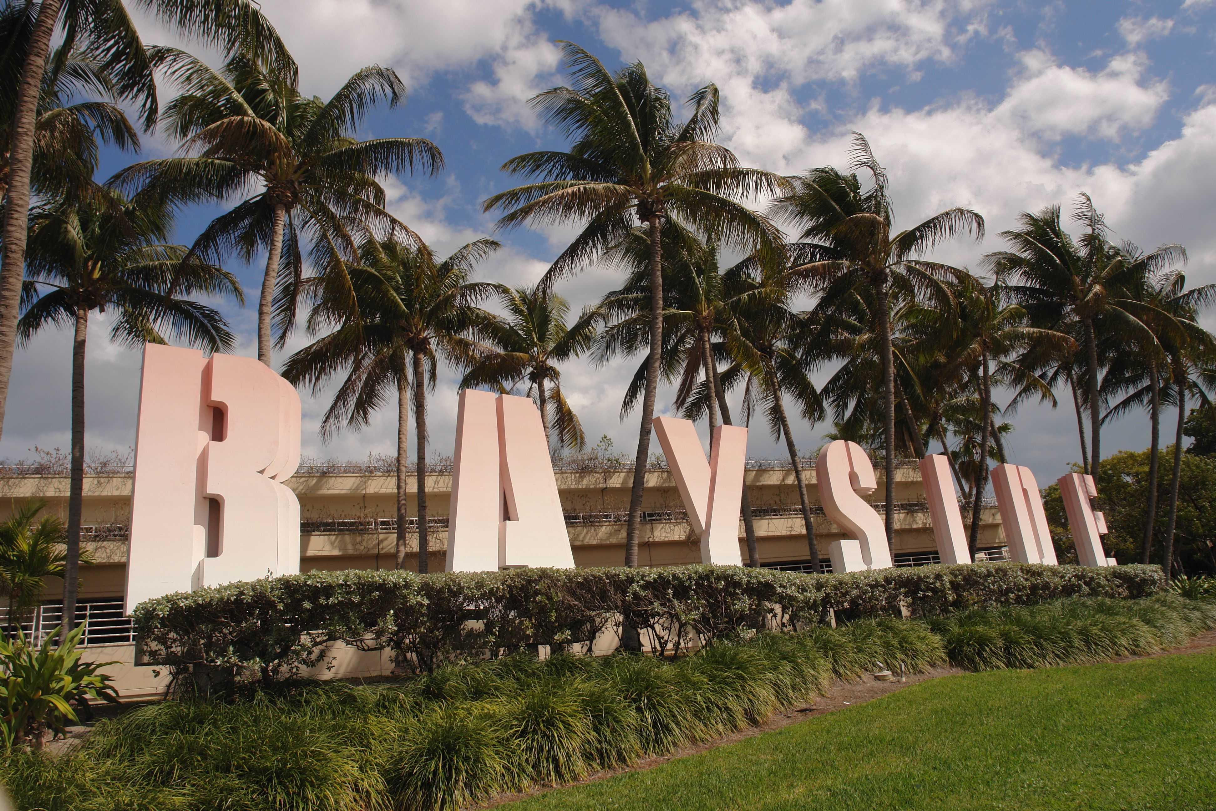 Miami-Bayside lettres
