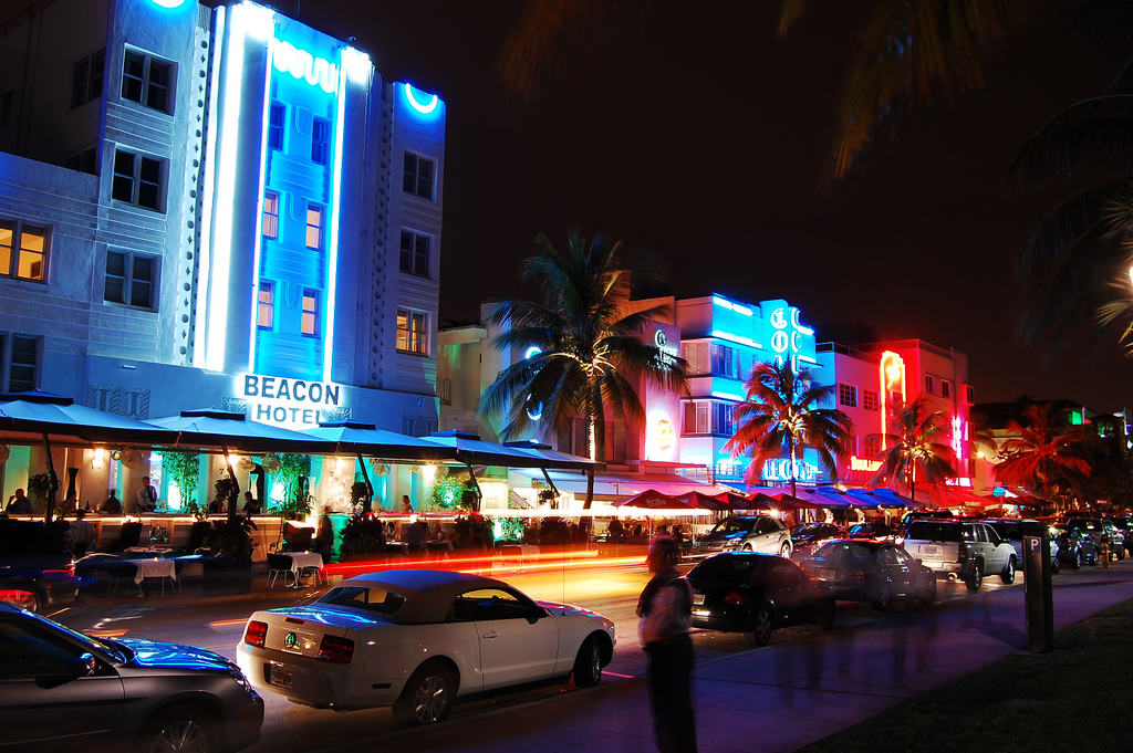 Miami_Beach_Art_Deco la nuit
