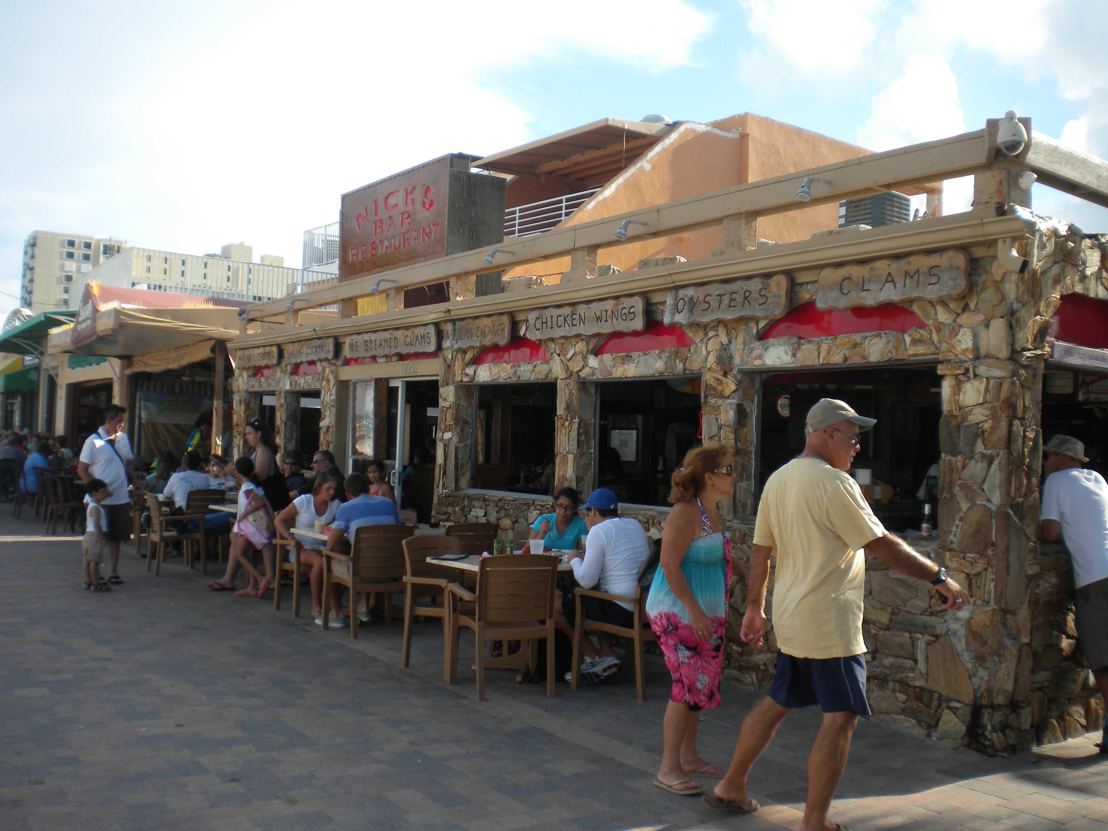 hollywood beach boarwalk