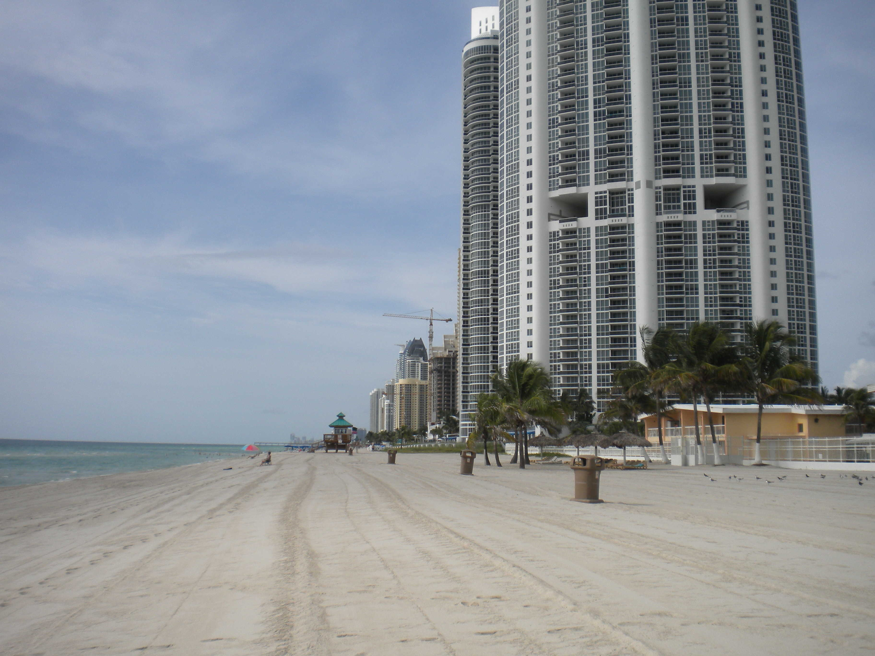 sunny isles plage