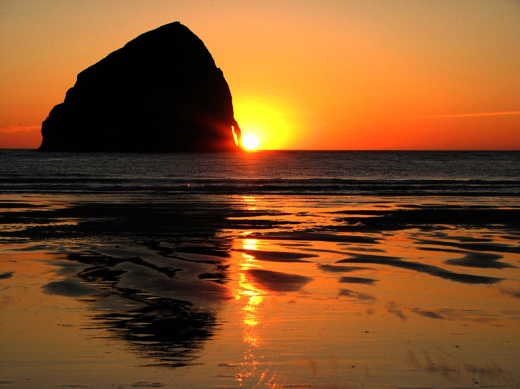 canon beach rocher