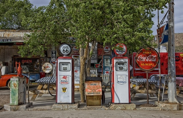 ancienne station essence USA